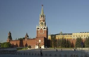 Спасская башня — одна из 20 башен Московского Кремля, выходящая на Красную площадь. Название башни происходит от вятской иконы «Спас Нерукотворный», ранее висевшей над Спасскими воротами (сама икона не сохранилась, но сохранилась ниша, где она ранее была). Высота башни до звезды — 67,3 м, со звездой — 71 м.