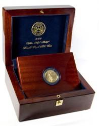Деревянный футляр для монеты