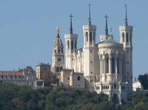 Базилика Нотр-Дам-де-Фурвьер (фр. Basilique Notre-Dame de Fourvière)