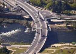 мост Тысячелетия, вид сверху (исп. Puente del Milenio)
